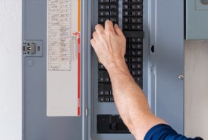Setting up circuit breaker panel labels